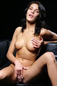 Model Yanika A in Awesome Body
