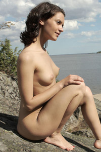 Model Roza A in Girl on the rock