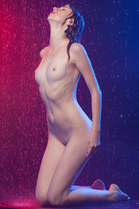 Model Eva K in Lights