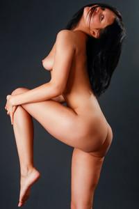 Model Penelope R in Hot Tits