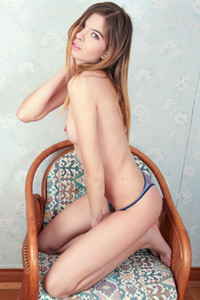 Model Alina A in Beauty Chick