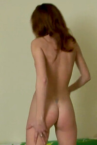 Model Cassidy C in Cassidy Couch Fingering